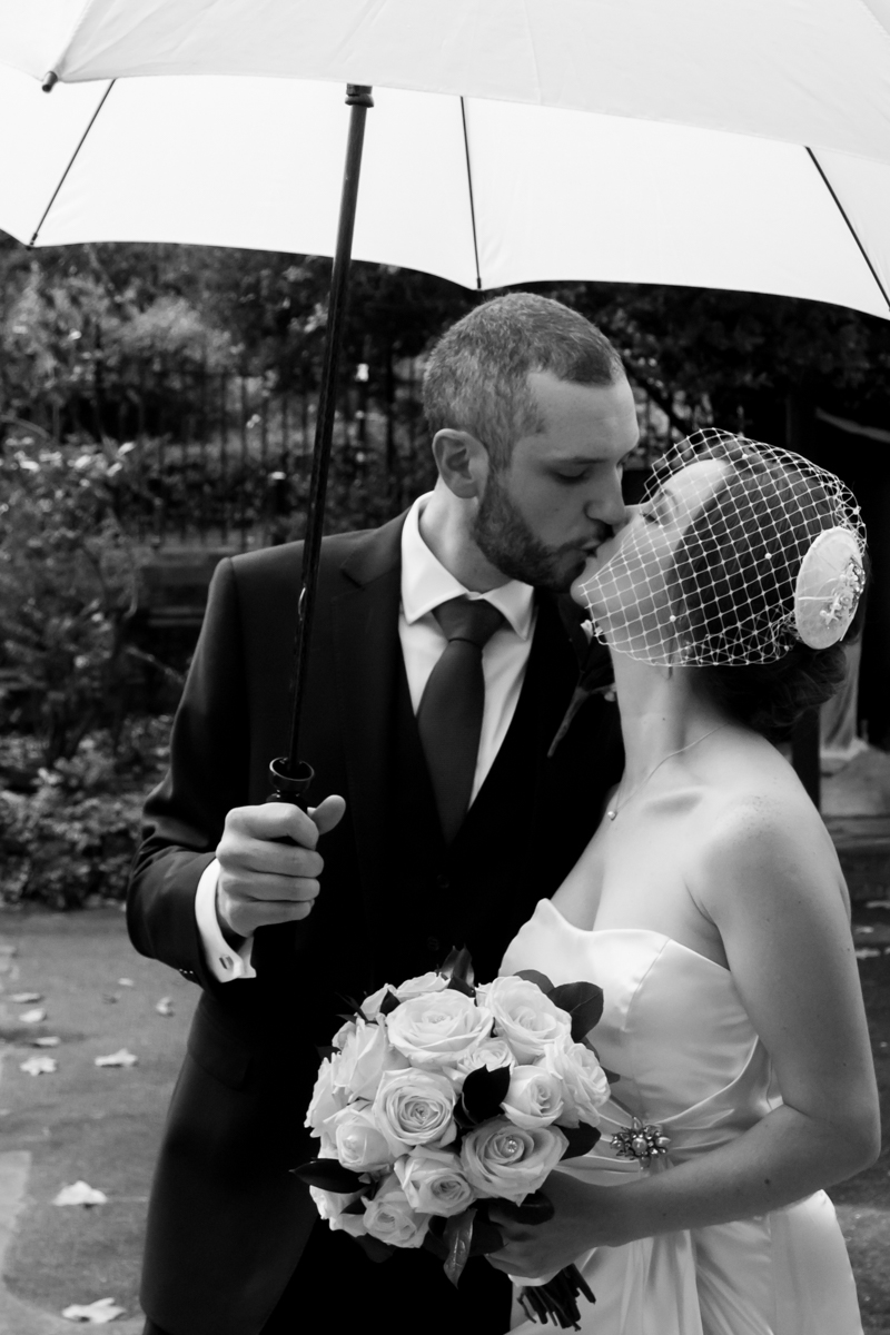 Rainy London wedding