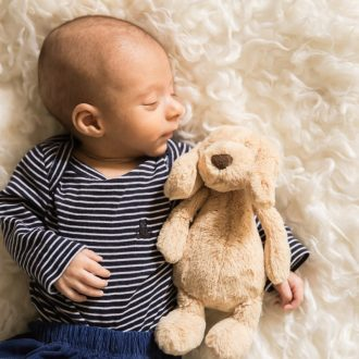 22 best family photographer London sleeping newborn teddy