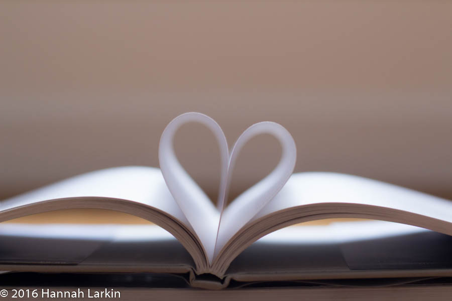 Book hearts-9