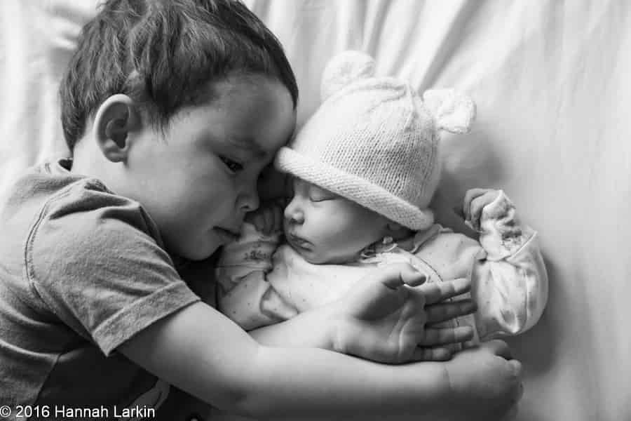 Family Photography – Newborn niece 9 days old – Jessica