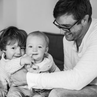 7 family photographer London dad with 2 children