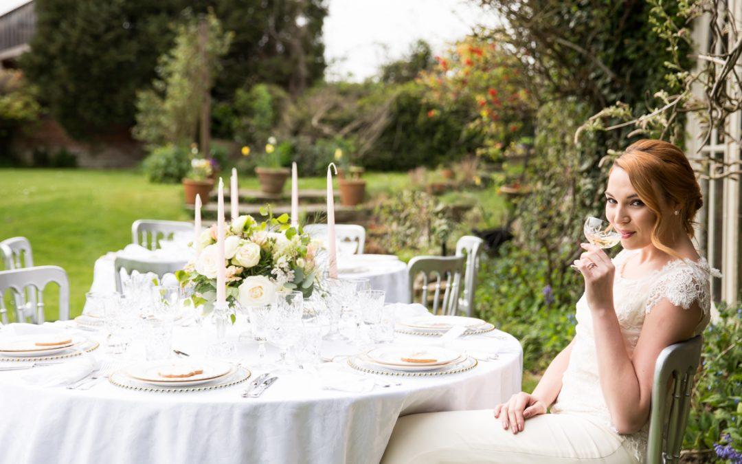 Nurstead court garden wedding